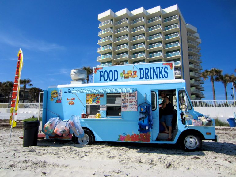 Road Trip USA: Food stand in Daytona Beach