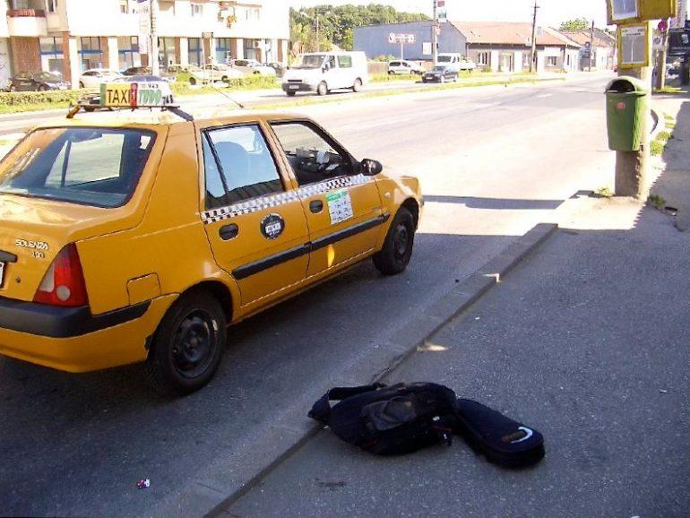 Trampen durch Europa: Taxi am Strassenrand in Rumänien