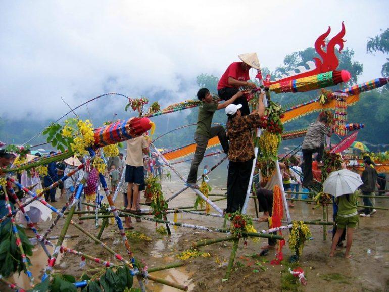 Beste Festivals: Rocket Festival in Vang Vieng, Laos