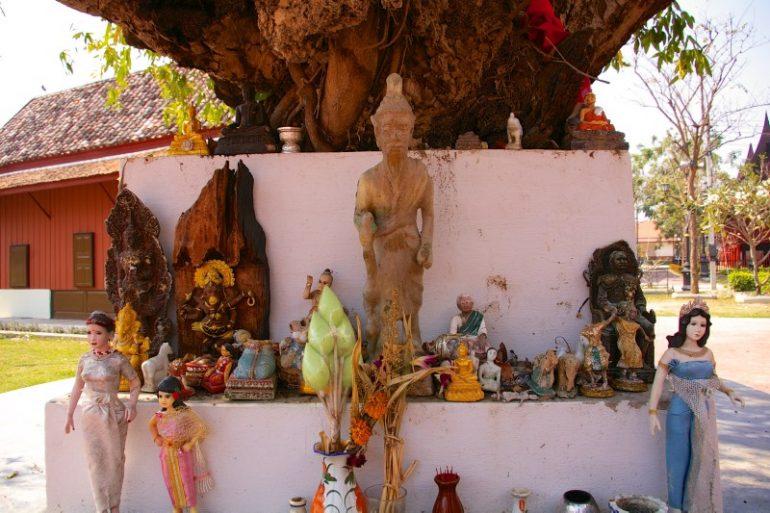 Mietwagen Thailand: Wat Mahatat, Petchaburi