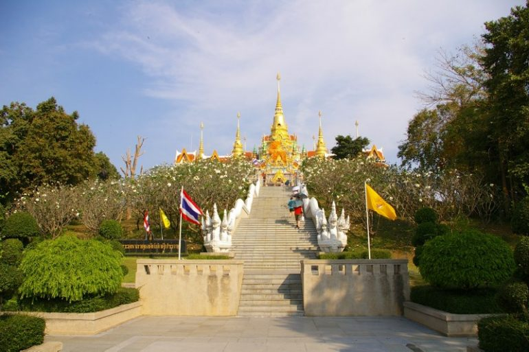 Mietwagen Thailand: Maha Chedi