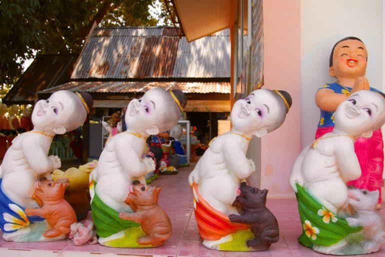 Mietwagen Thailand: Tempel bei Pathiu