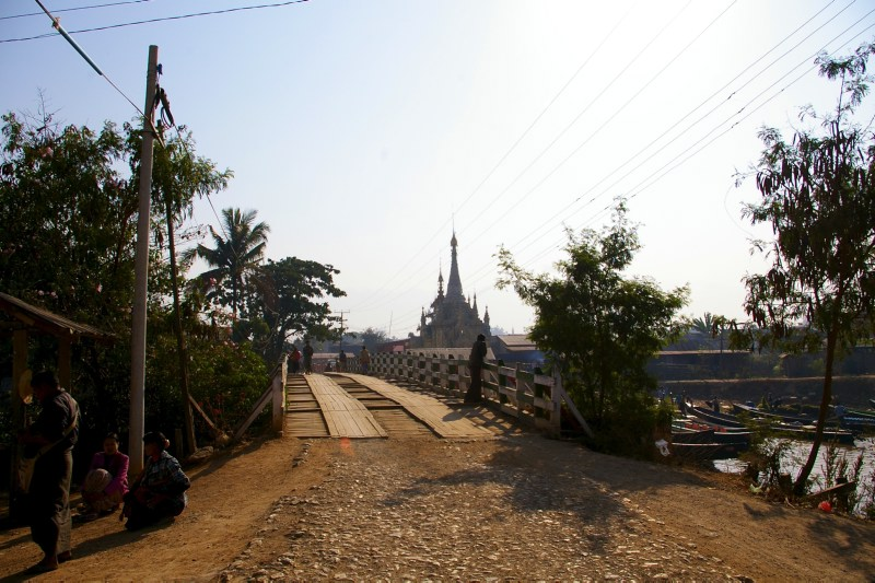 Bridge and temple near the  Inle Lake