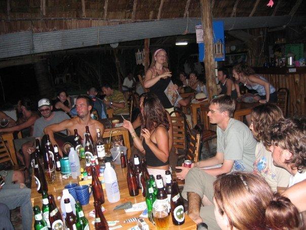 Gesichtsverlust: Marco Buch bei einem Konzert in einer thailändischen Bar