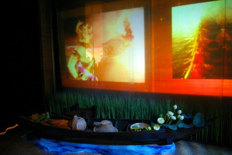 Expo 2008: Projektionen und Skulpturen