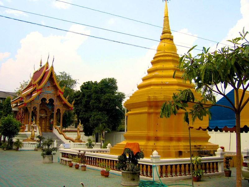 Temples in Chiangmai: Wat Dubpai