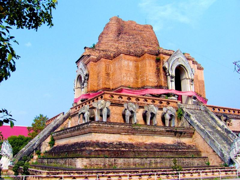 Temples in Chiangmai: Wat Chedi Luang