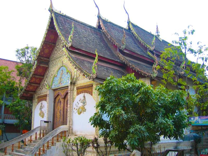 Temples in Chiangmai: Wat Mengrai