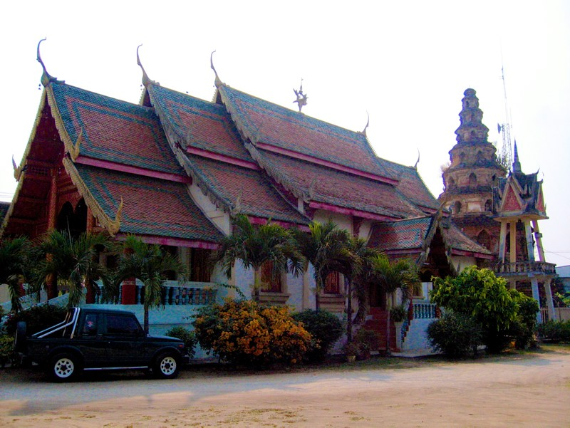 Temples in Chiangmai: Wat Phuak Hong