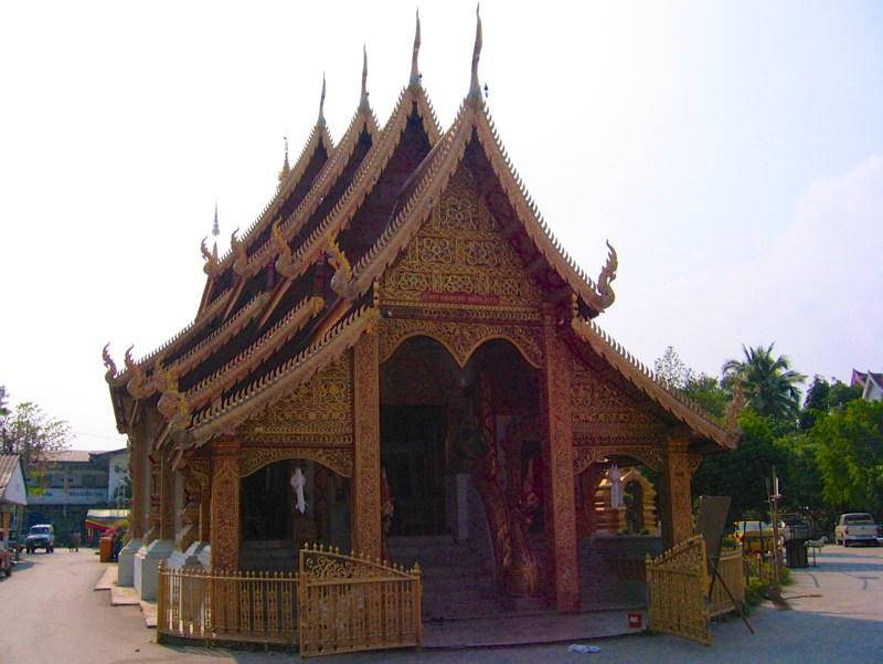 Temples in Chiangmai: Wat Sri Suphan