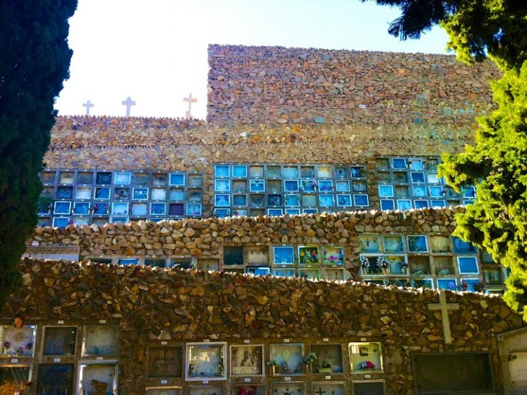 Most beautiful cemeteries: Graves in a wall at Montjuic Cemetary