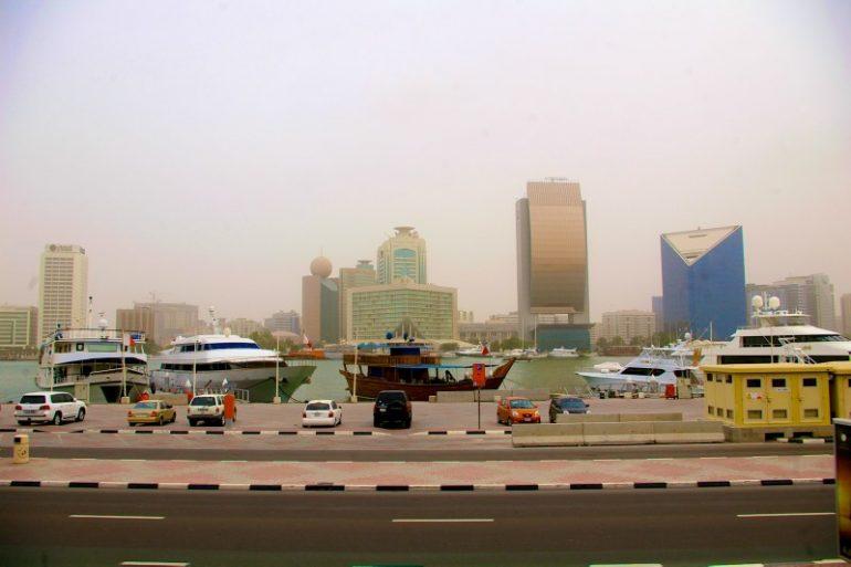 Zwischenstopp in Dubai: Yachthafen