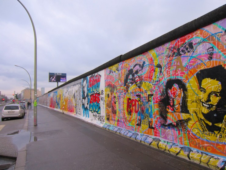 Berlin Wall Trail: Painted walls at East Side Gallery