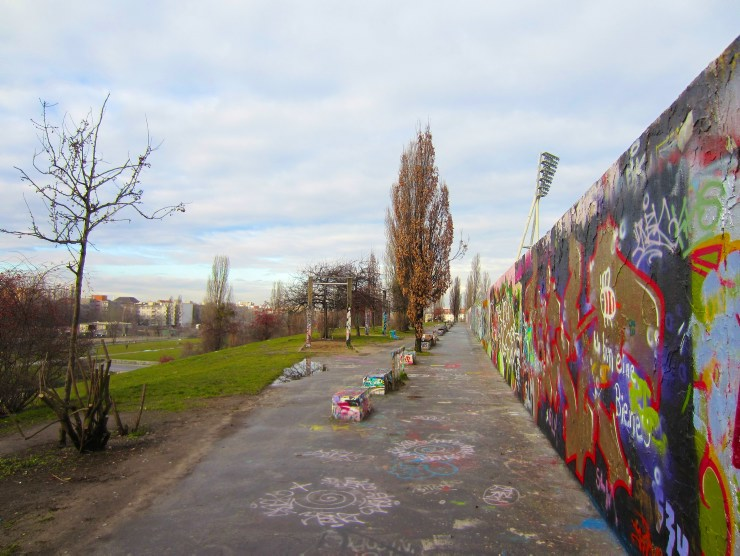 Berlin Wall Trail: Painted wall in Mauerpark