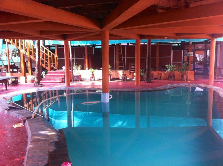 Schwimmbad im Ayurveda Zentrum