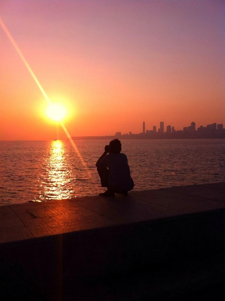 Jogging in Mumbai: Sonnenuntergang am Chowpatty Beach