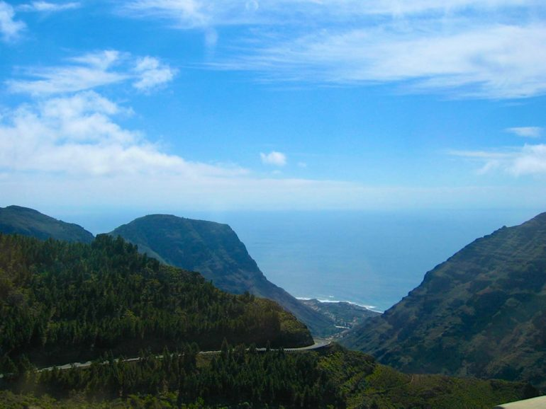 Berge und Meer in Gomera