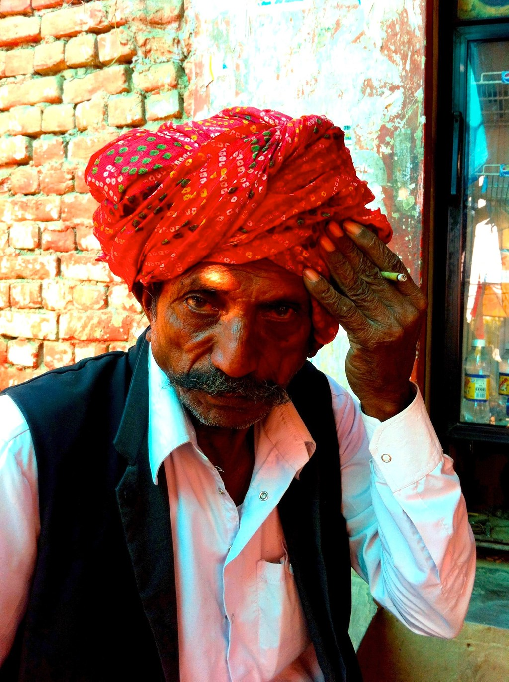 Old man along the road in Rajasthan