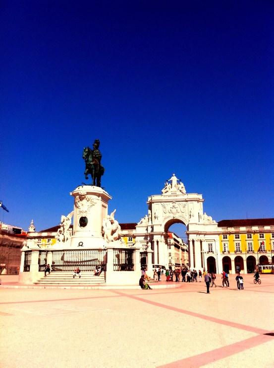 Lissabon Sehenswürdigkeiten: Praça do Comércio