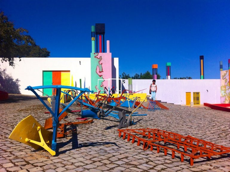 Algarve insider tips: Houses and art at Zefa Art Centre