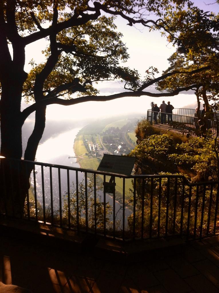 Sächsische Schweiz: Blick auf das Elbtal nahe der Bastei