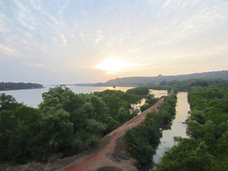 Sonnenuntergang über Goa Indien