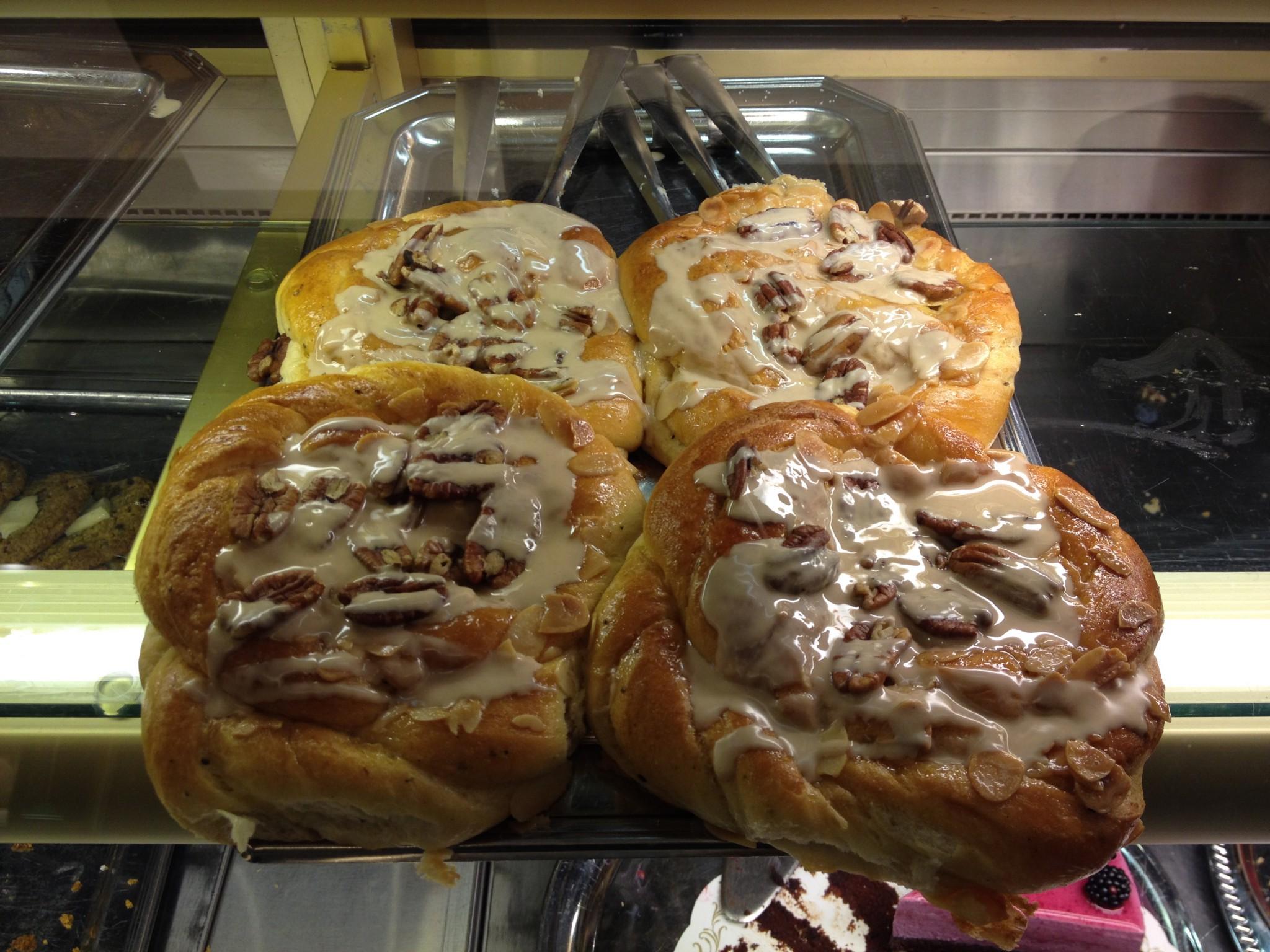 Zimtschnecken im Cafe Esplanad!