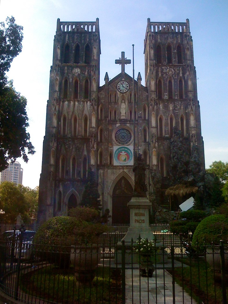 Jogging in Saigon: Church