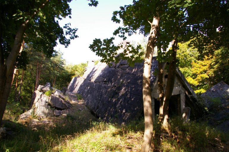 Eingestürzter Bunker in Wünsdorf