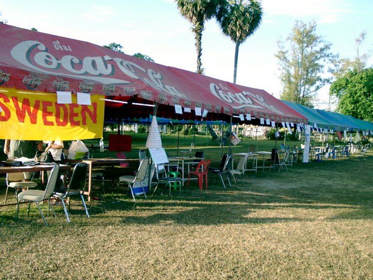 Tsunami-Katastrophe: Zelte für Mitarbeiter der Botschaften.