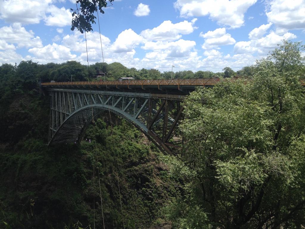 Die Brücke zwischen Sambia und Simbabwe