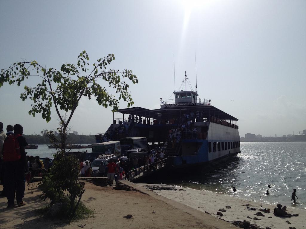 Fähre in Dar es Salaam