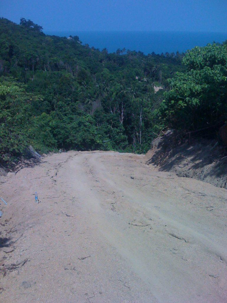 Ko Phangan Highlights: Steile, unbefestigte Strasse im Norden Ko Phangans
