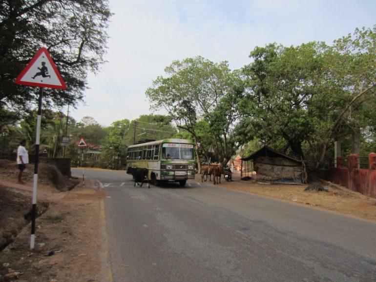 Bus während der schlimmsten Busfahrt