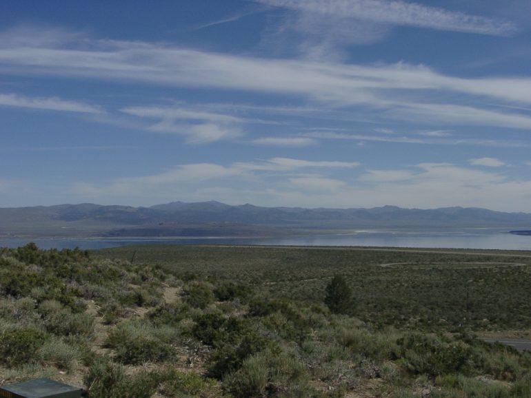 Road Trip Kalifornien: Blick auf den Mono Lake