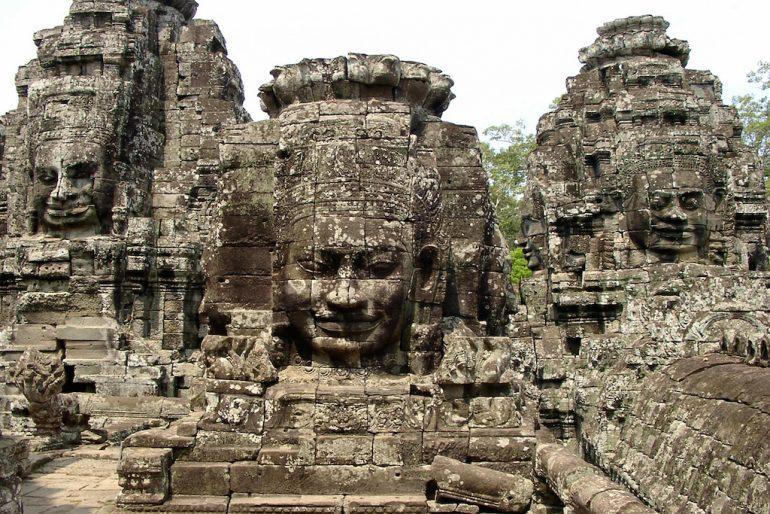 Schöne Bilder: Statuen in Angkor Wat