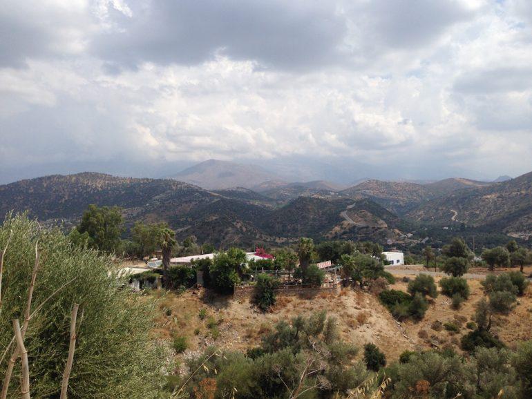 Kreta Sehenswürdigkeiten: Kretas Berge mit kleinen Dörfern