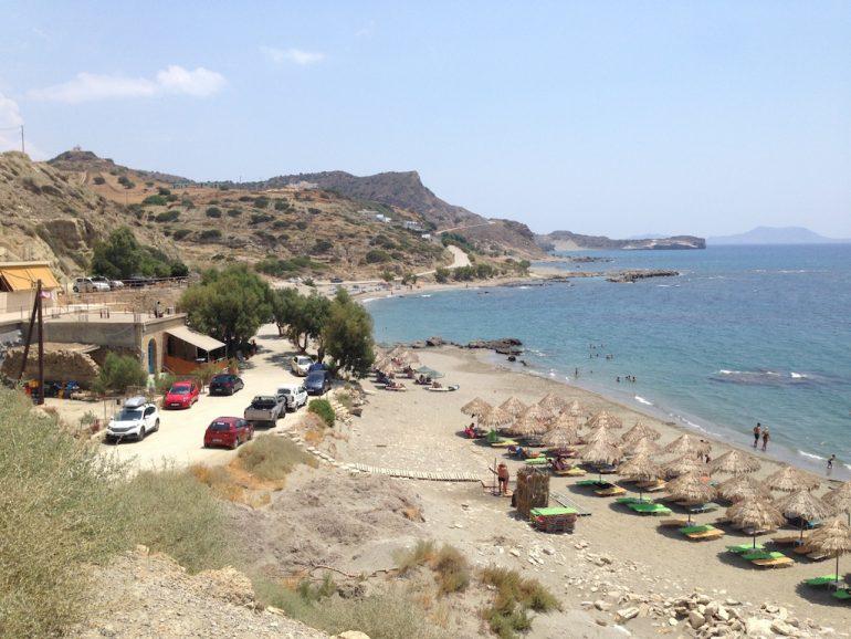 Kreta Highlights: Strand mit Taverne in Triopetra