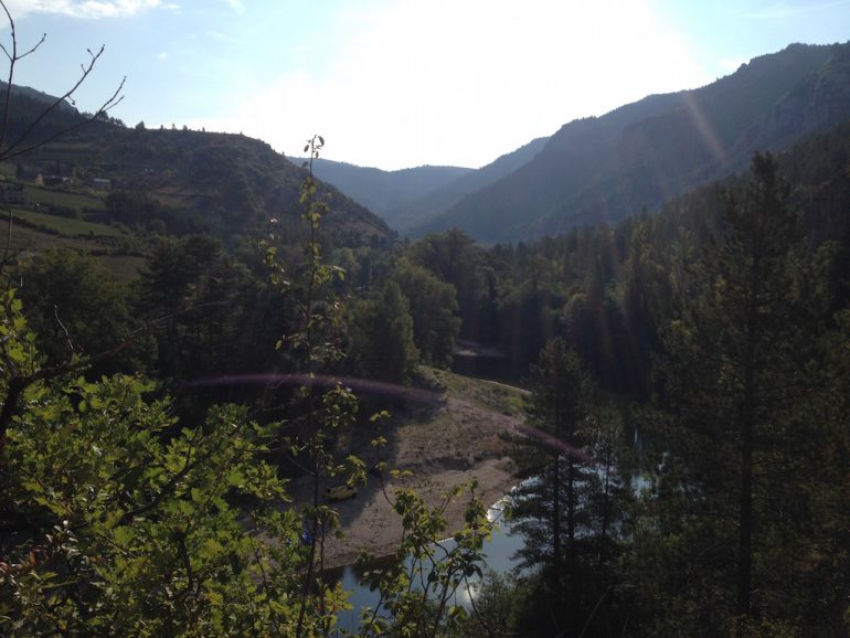 Wasser und Berge in Castelbouc