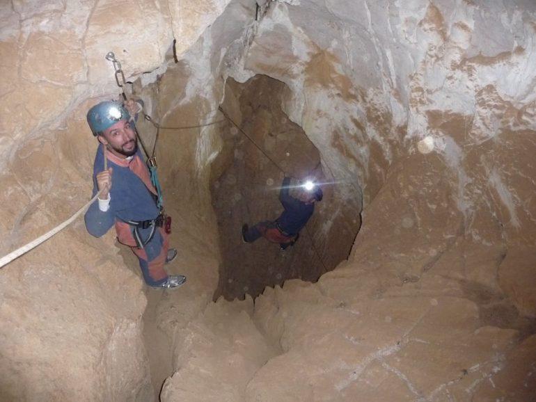 Marco Buch beim Caving in der Lozère