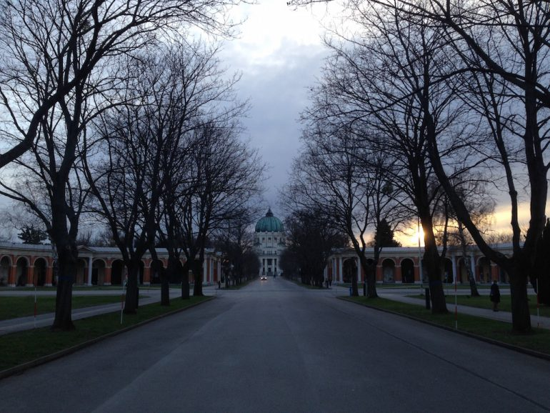 Most beautiful cemeteries: Entrance with trees in Vienna