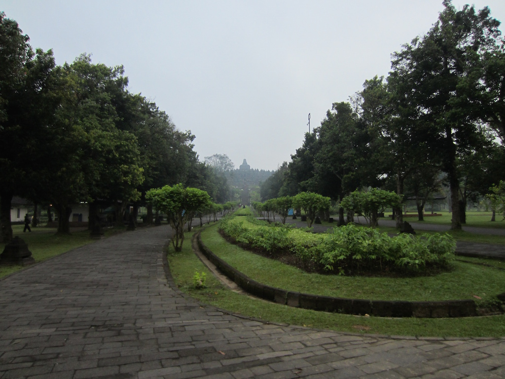 Borobodur im Nebel