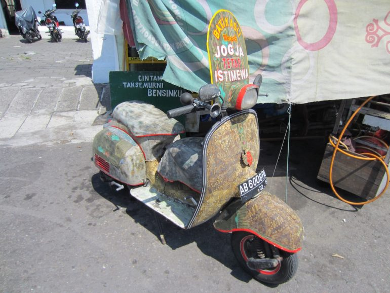 Motorroller in Jogja