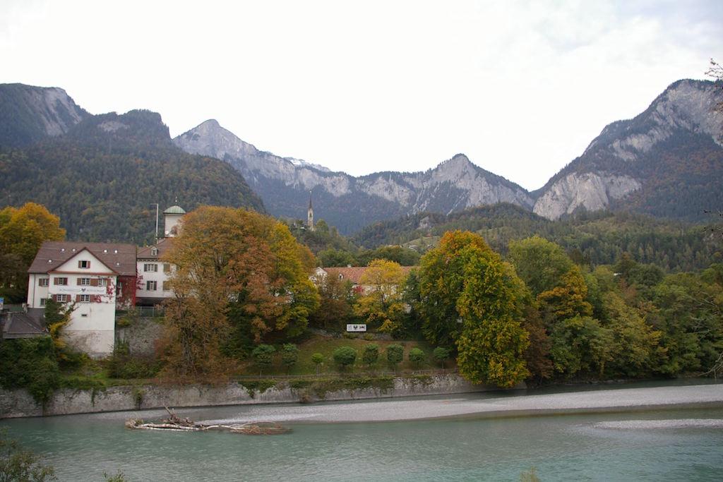 Zusammenfluss Vorderrhein und Hinterrhein