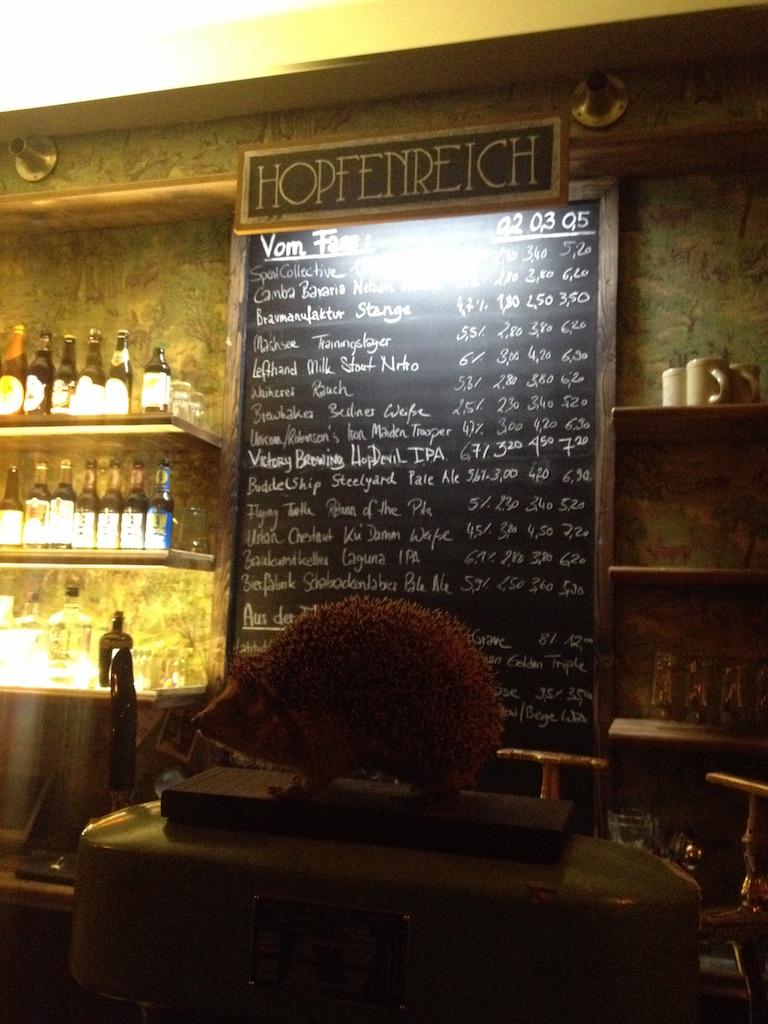 Craft Beer Berlin: Bierkarte im Hopfenreich
