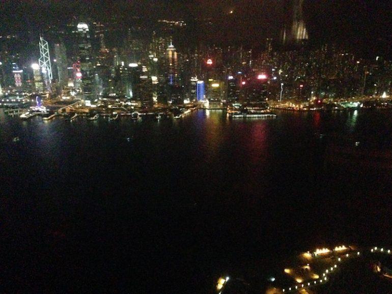 Hong Kong Sehenswürdigkeiten: Blick aus der Bar des Ritz Carlton