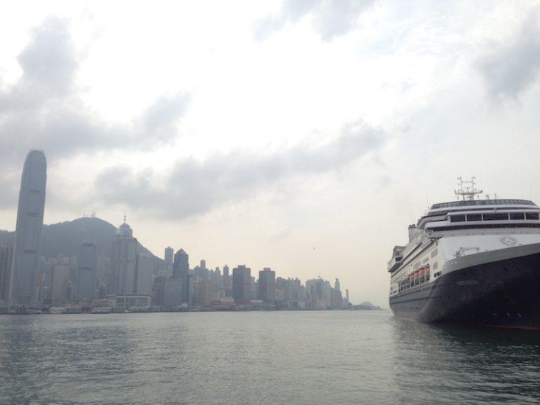 Hong Kong Sehenswürdigkeiten: Blick vom Star Ferry Pier