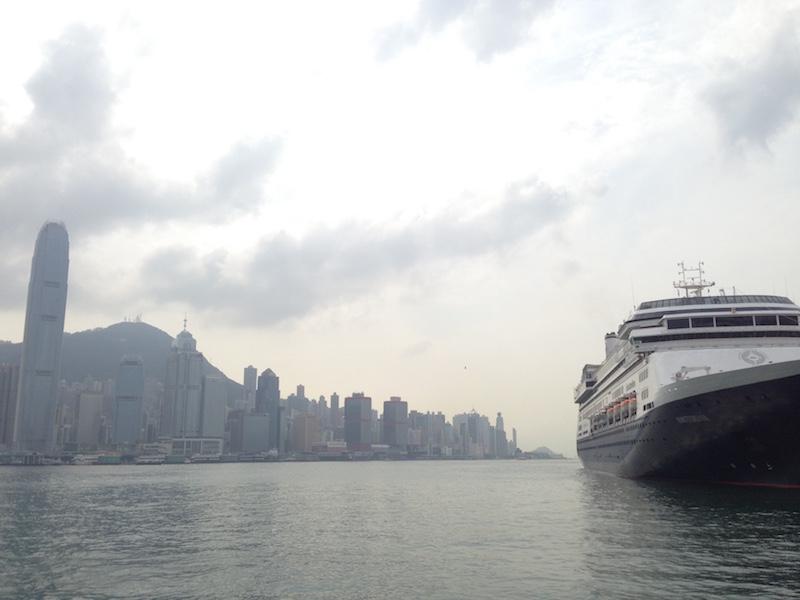 Blick vom Star Ferry Pier