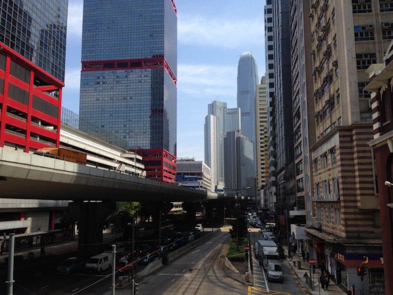 Hong Kong Sehenswürdigkeiten: Strassenszene in Hong Kong