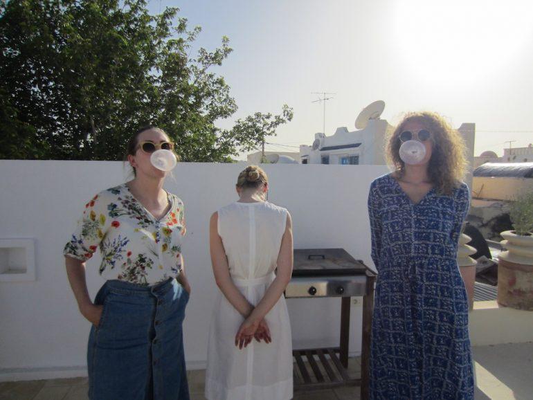 Modejournalistinnen in Tunesien